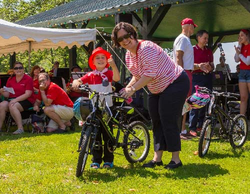 Celebrating Canada Day during FunFest 2019: Lucky winner of a bike