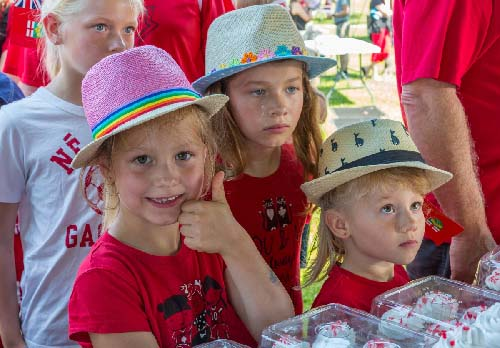 Celebrating Canada Day during FunFest 2019: Waiting for cupcakes