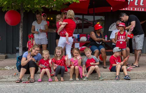Celebrating Canada Day during FunFest 2019: watching the Canada Day parade
